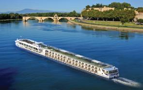 Cruise Jobs with Scenic